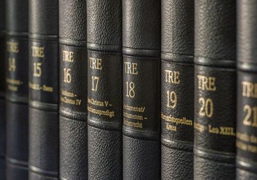 Ley 7/1997, de 14 de abril, de medidas liberalizadoras en materia de suelo y de Colegios profesionales.