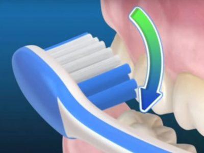 uso del cepillo dental manual