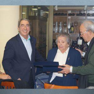 Homenaje a Drs. Arturo y Carlos Meliveo Reynaldo